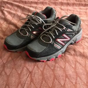 Women's New Balance 410 workout running shoes